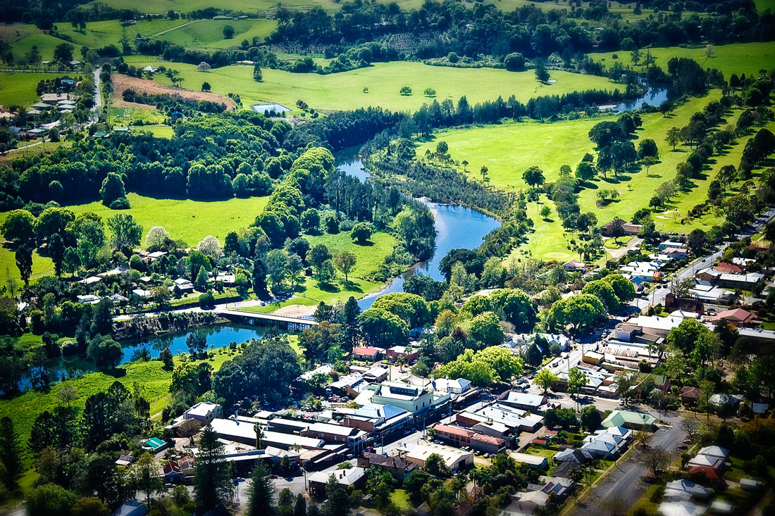 Bellingen Australia  city images : Bellingen and its bridge crossing the Bellinger River